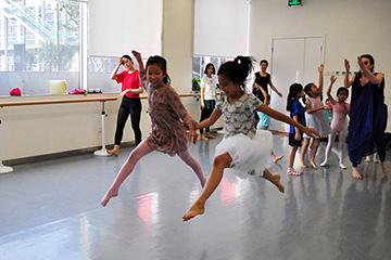 邓肯之舞着陆当兔-北京儿童芭蕾培训