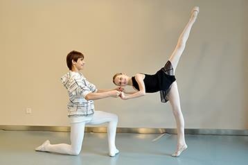 与乌克兰少儿芭蕾舞团交流活动-北京儿童芭蕾培训